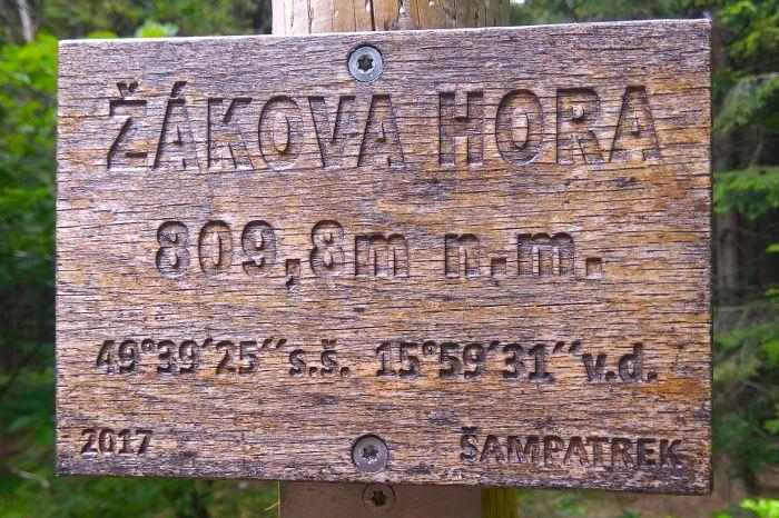 Žákova hora - 3026 x 1967