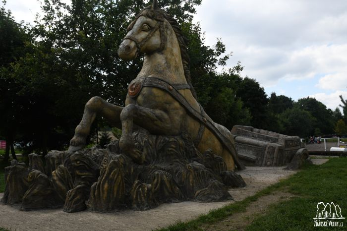 Kůň - 1600 x 1067